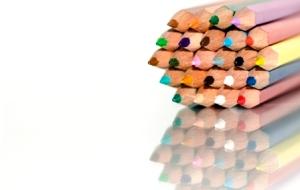 colored pencils tripod copy - Tu ce ştii să faci concret?