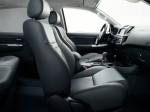 toyota-hilux-2011-interior-tme-016-full_tcm420-1076908